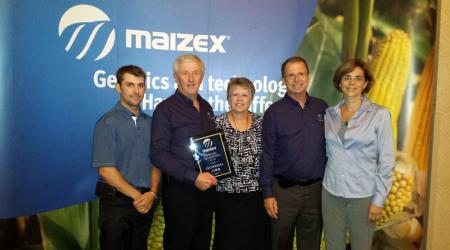 Dealer awards at Maizex Kickoff 2015